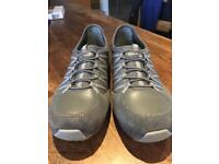 Sketchers size 6 relaxed fit shoes worn once