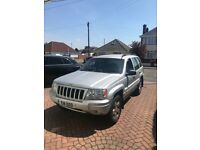 Grand jeep Cherokee, very clean and tidy car. Leather interior with loads of extras. Also a towbar