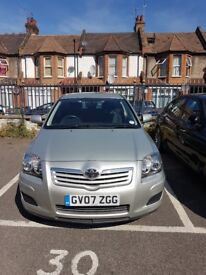 Toyota Avensis with excellent performance for quick sale £850