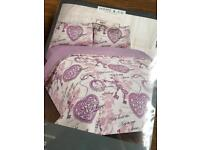 BRAND NEW PURPLE VINTAGE COMPLETE KING SIZE BED SET - DUVET COVER, FITTED SHEET & 2 PILLOWCASES