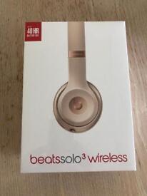 Beat solo 3 wireless headphones brand new in box