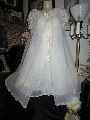 vtg Vanity Fair White Sheer Tricot Nylon Nightgown & Peignoir Robe Set 32 S Gown