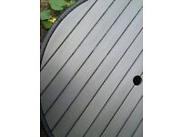 Round outdoor table 100cm
