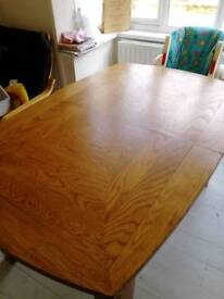 Solid Oak Extendable Table (6 to 8 seater)