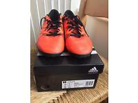 Adidas adult 9.5 Astro boots