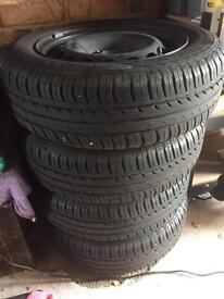 Fiat 500 steel wheels and tyres x 4