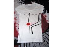 H&M Womens Fashion White Printed Artistic Limited Edition T-shirt Top Short S