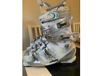 Ladies Head ski boots size 25 (6)