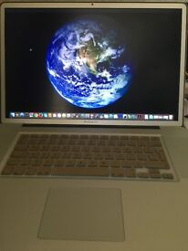 "FULLY REFURBISHED Apple MacBook Pro 17"" - PLEASE READ FULL DETAILS!!"