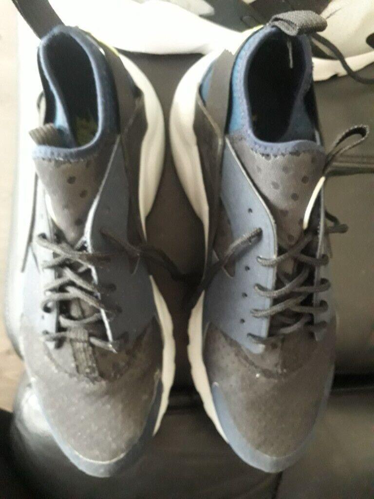 Mens Nike Huarache trainers size 9 uk | in Prescot, Merseyside | Gumtree