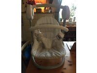 Mama and Papas Swinging lullaby chair
