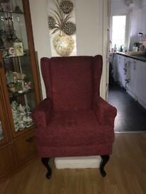 HIGH SEAT CHAIR IN EXCELLENT CONDITION