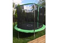 Large trampoline in good condition