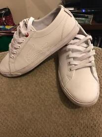 BOYS LACOSTE SIZE 1 TRAINERS