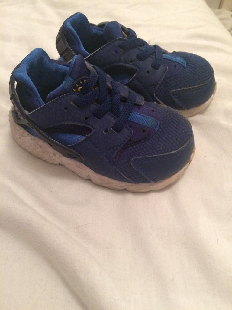 Nike trainers toddler size 6.5