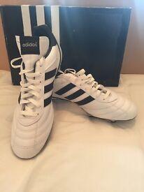 MENS ADIDAS KEISER 5 FOOTBALL BOOTS SIZE UK 12
