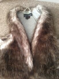 Signature by next girls fur gilet