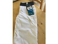 White roxy ladies ski trousers