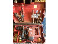 Hilti TE-74 Hammer Drill + case & drills/chisels