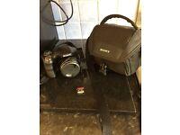 Dsch300 Sony bridge camera, carry case, 32gb sdhd