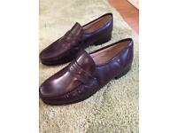 Clarks brown leather shoe size 9