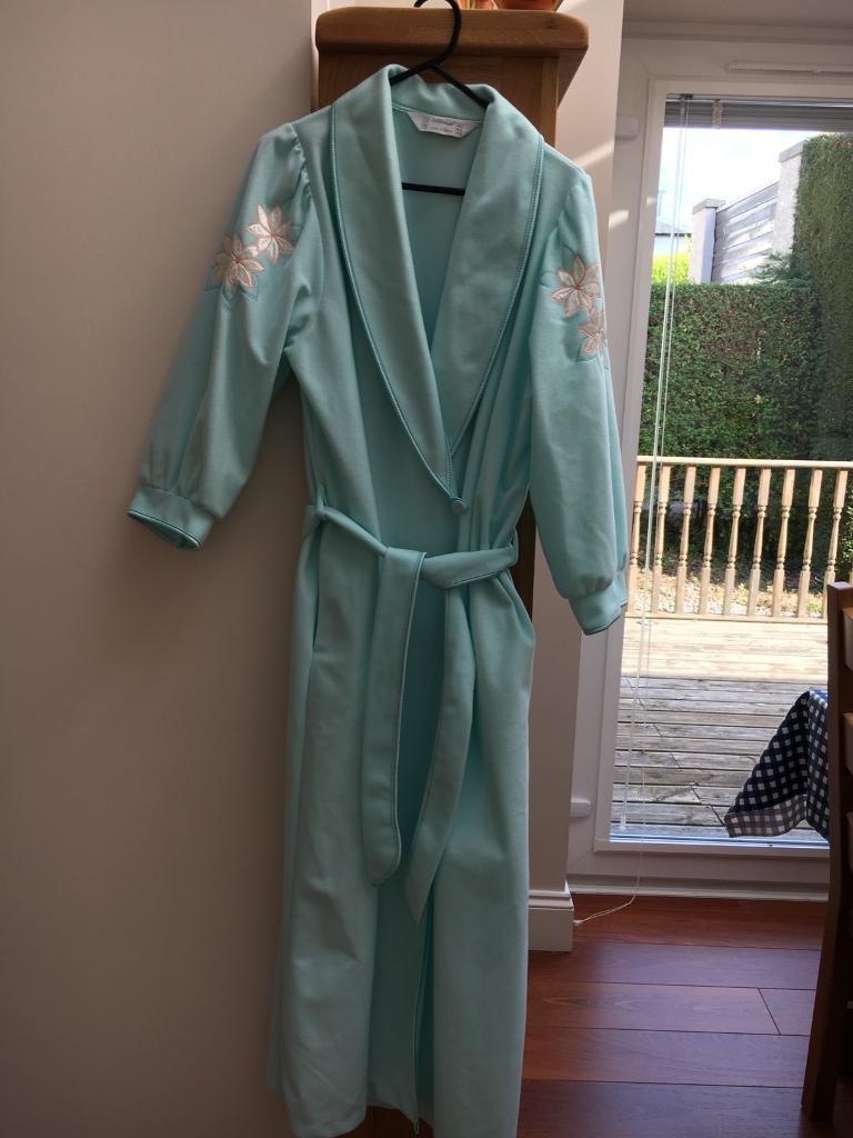 M&S Ladies dressing gown   in Blackhall, Edinburgh   Gumtree