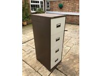 2x 4 drawer filing cabinets