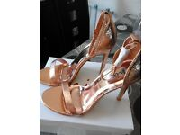 rose gold 4 1/2 inch high heel shoes