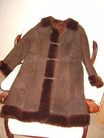 Ladies vintage 1960s brown sheepskin coat, size S