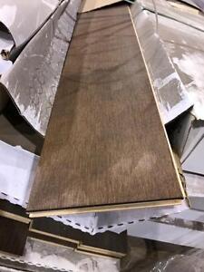 Mixed coloured Engineered hard wood flooring 1.00$/sf