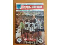 1980 England vs Argentina Wembley programme souvenir. Good condition