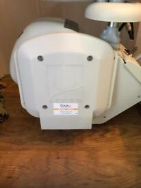 Reconditioned Acorn/Brooks Stairlift