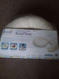 Summer Infant Pregnancy/Nursing Pillow