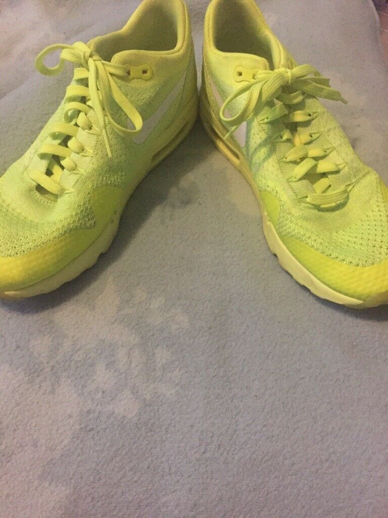 Nike trainers size 8.5 | in Melton Mowbray, Leicestershire | Gumtree