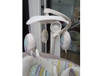 Joie Serina 2in1 Swivel swing and rocker *as new*
