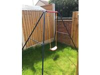 Single swing in excellent condition