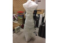 Shabby Chic White Metal Cage Manequin