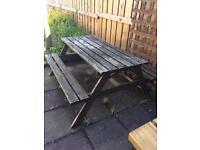 Garden furniture picnic bench £15