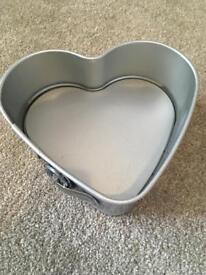 Heart shaped cake tin