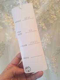 Wedding Dress never worn size 18