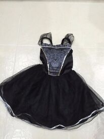FOR SALE: Black witches Halloween dress. Age 3-4 years. Only worn once. In perfect condition. £3
