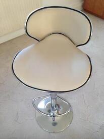 2 x American Diner bar stools * NEW *