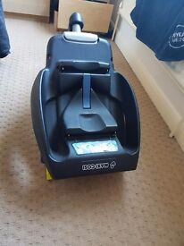 maxicosi cabriofix baby seat 0-12 months upto 13kg still selling new for 200