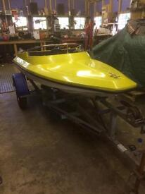Small speed boat, 9ft 3inchs. £600 or best offer