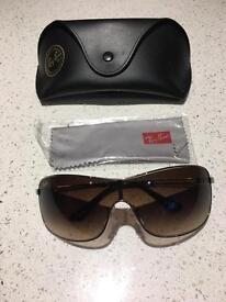 Women's Ray-Ban RB3466 sunglasses