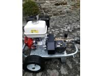 Honda Gx390 Jet wash Driveway Cleaning. Around 2hours use!!