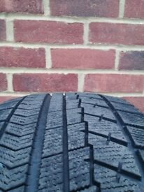 Bridgeston Winter Tyres Blizzak VRX 235/45/17