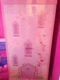 Girls pink castle wardrobe excellent condition