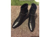 Saint laurent paris black boots pretty new