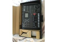 Zoom R8 8 track SD recorder, sampler and USB interface